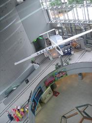 3階から見下ろす館内の風景