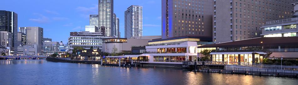 中之島BANKS全景、「THE WARMTHCRAFTS-MANUFACTURE STORE & SHOW-ROOM」「パタゴニア サーフ大阪/アウトレット」なども営業中。